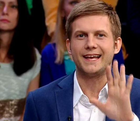 Ведущий Прямого эфира - Борис Корчевников
